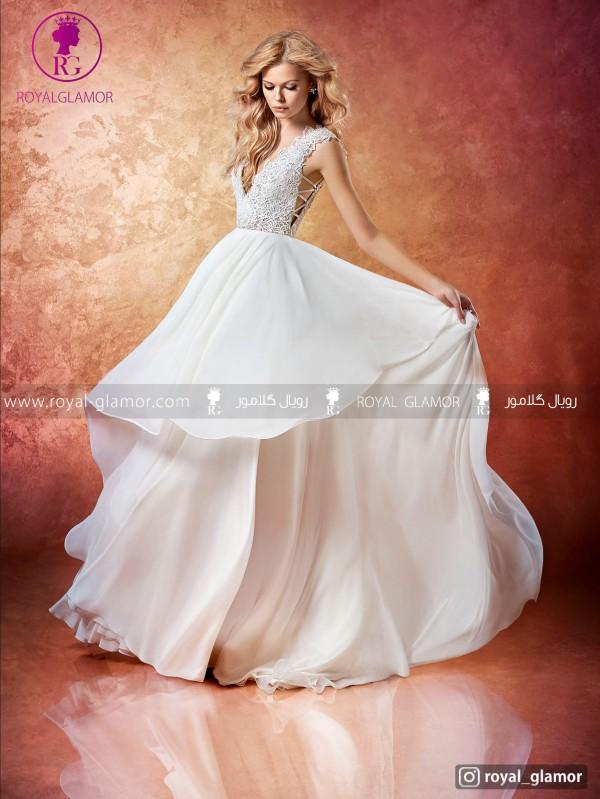 لباس عروس با دامن چین دار